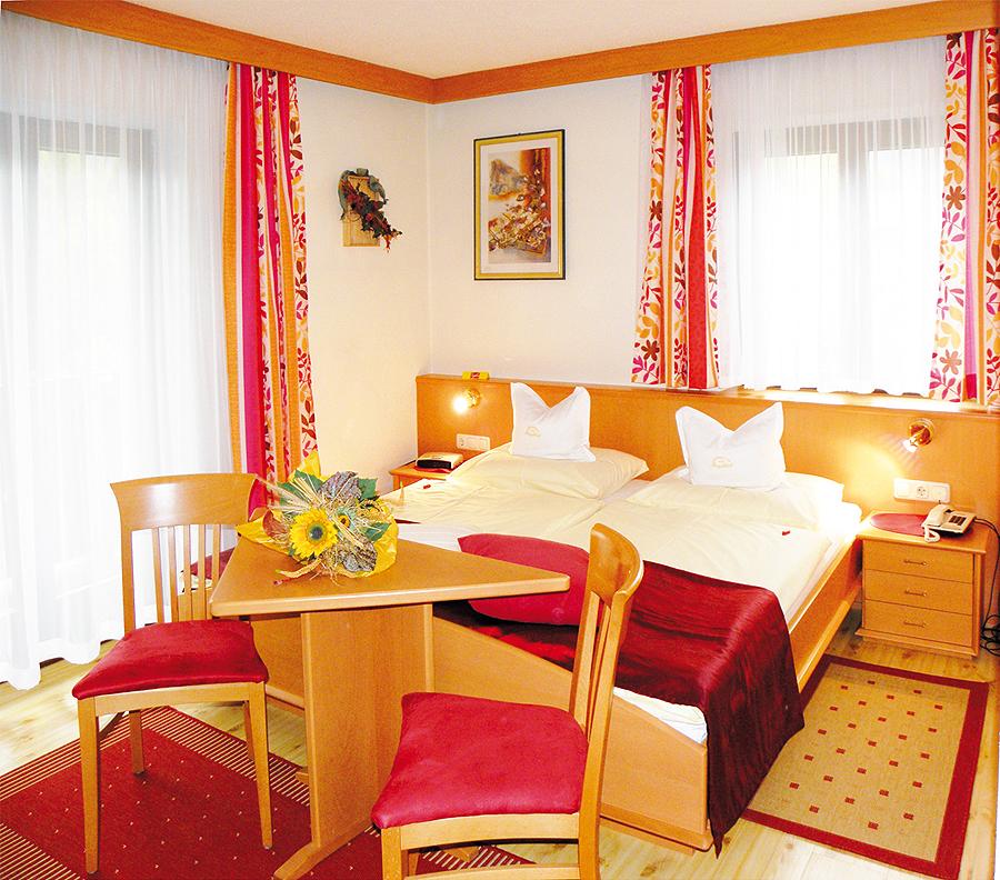 Haus Seeblick Hotel Garni Ferienwohnungen: ***Hotel Garni In Wagrain In