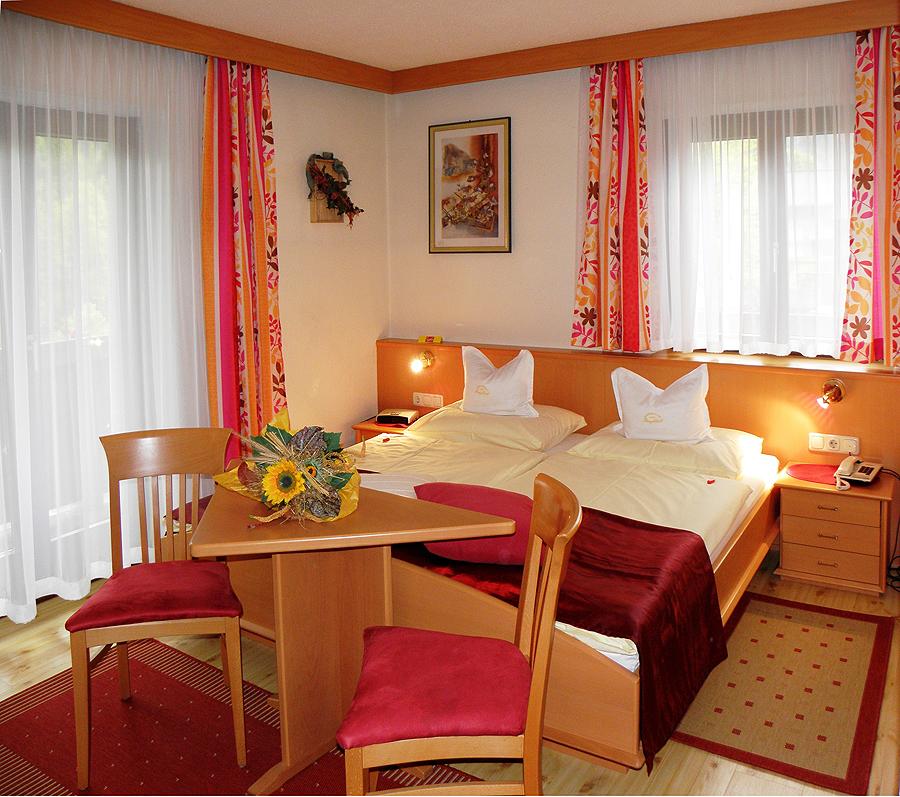 Haus Seeblick Hotel Garni Ferienwohnungen: Sommer Eller Vinter Ferie I Salzburg